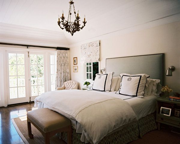 Elegant White Bedroom With Hotel Style