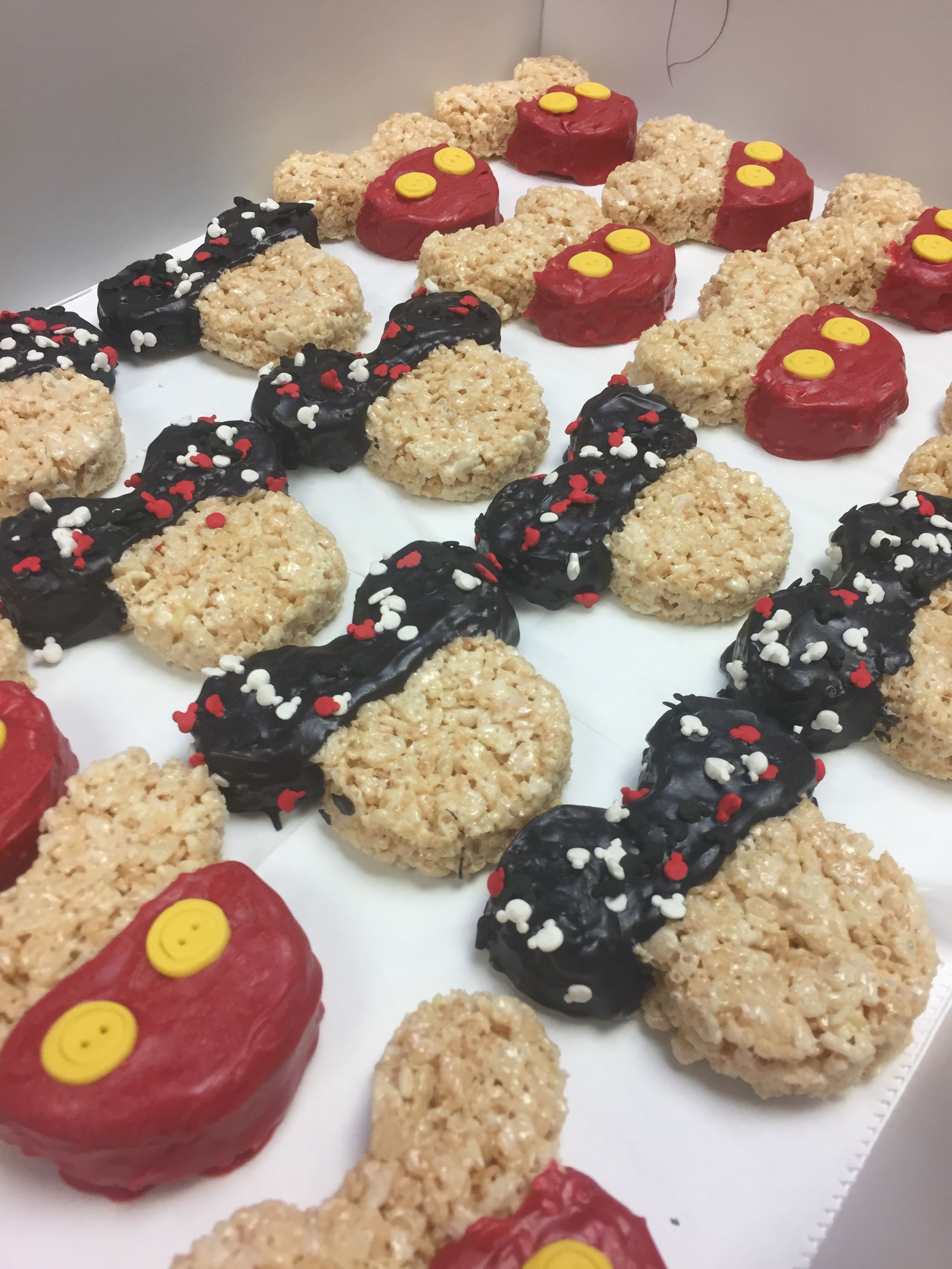 Mickey Mouse Rice Crispy Treats B S Sweets Cookies In