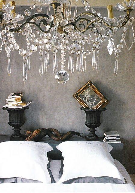 love the chandelier!