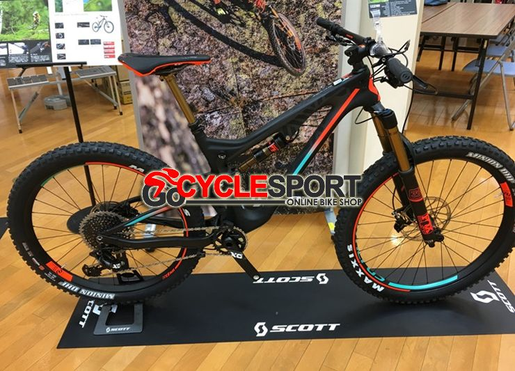 9669fdb0abf Buy 2017 Scott Genius LT 700 Plus Tuned Mountain Bike from Gocyclesport.  The best bike