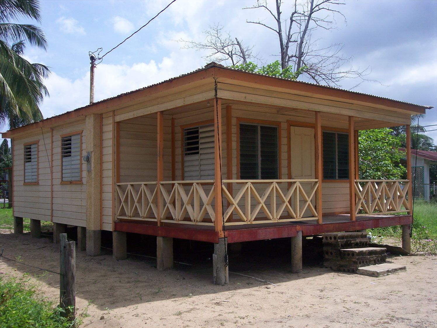 Con Casas Puerto De Techo Rico En Antiguas Zinc