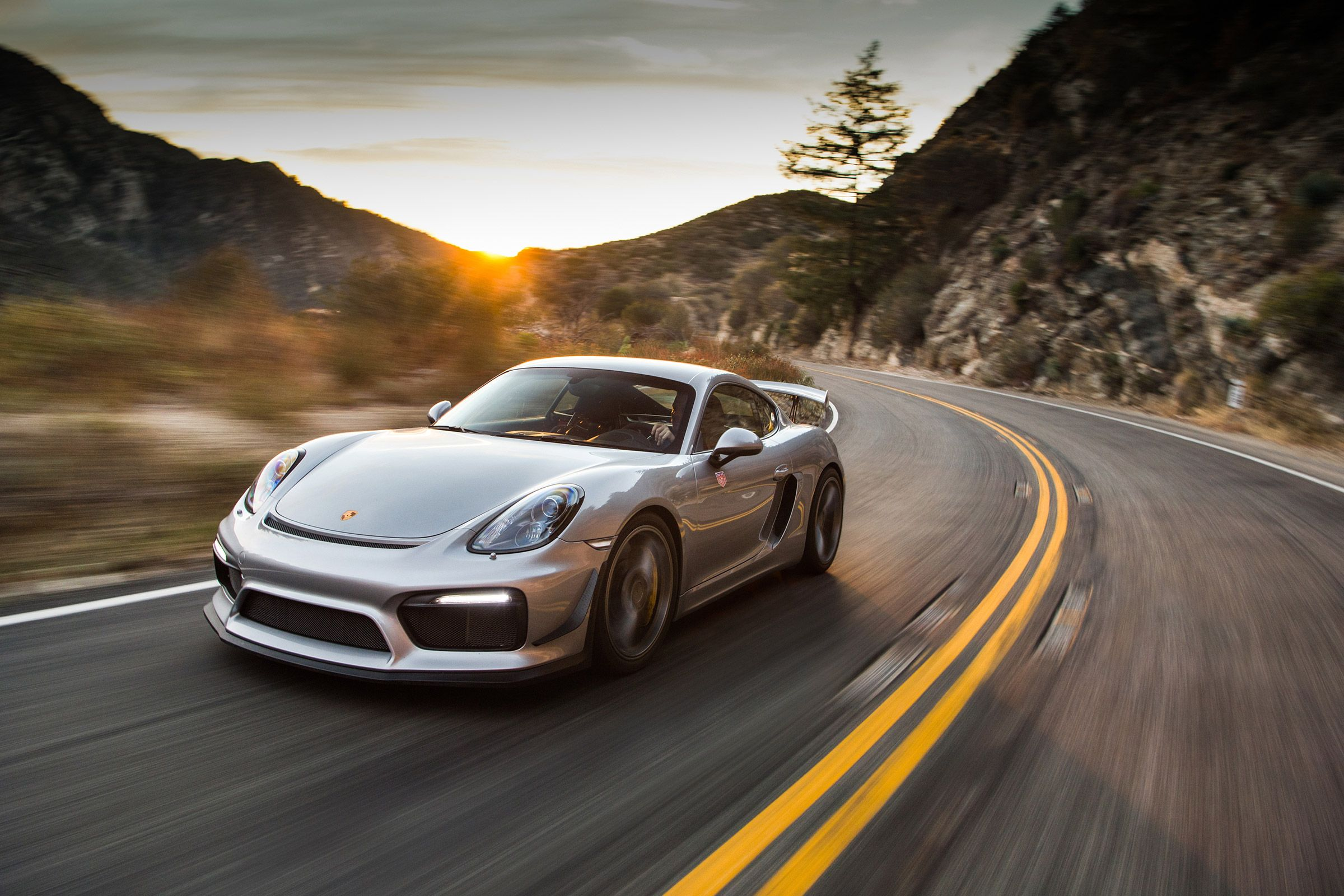 Save Money On Porsche Service We Offer Porsche Repairs And Maintenance Service On 35 Discount Schedule Your Appointment Today Porsche Service Bmw Porsche