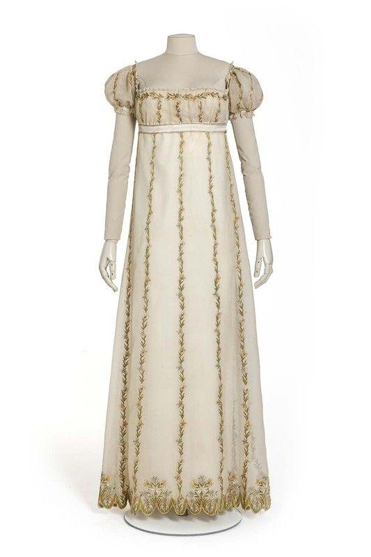 c.1800 - Robe en 2 parties, corsage, jupe. Mousseline de soie ...