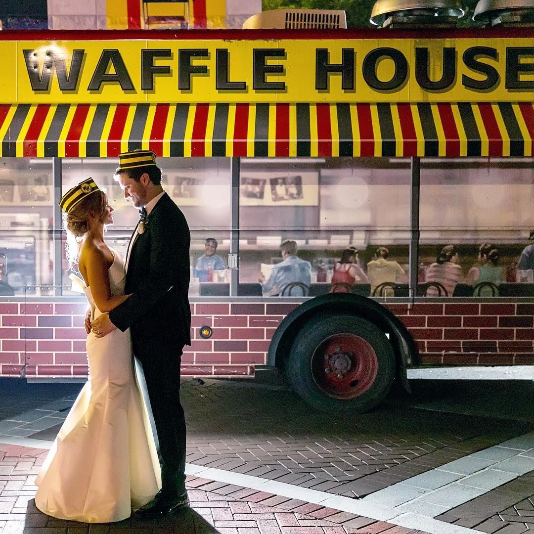Waffle House Has A Food Truck That Ll Cater Your Wedding Food Truck Wedding Waffle House Party Catering