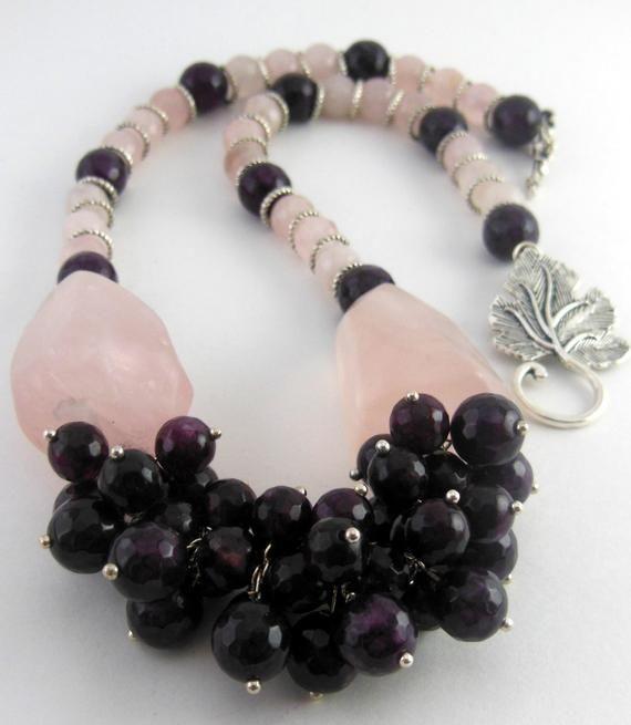 Statement Garnet Rose Quartz Necklace - Multi Gemstones Necklace - Rose Quartz Necklace - Garnet Necklace - Statement Necklace #quartznecklace