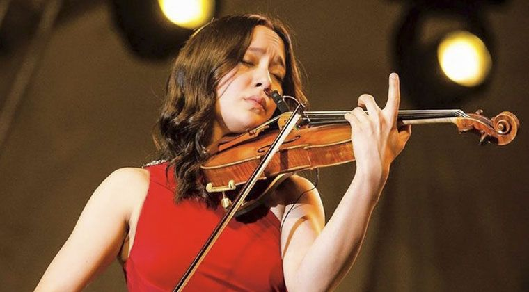 Infusing Styles: Lucia Micarelli, Classical and Rock