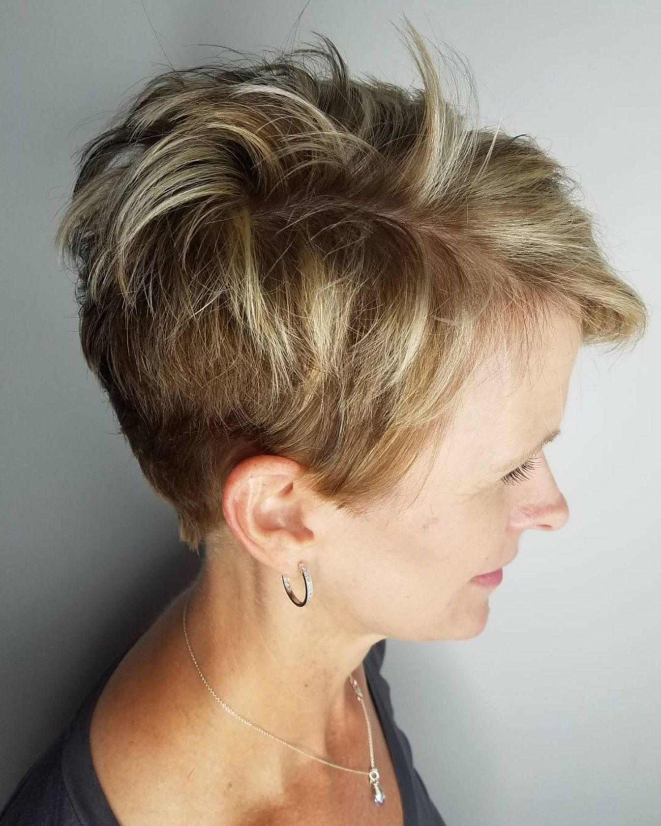 Nose piercing growing over   Classy and Simple Short Hairstyles for Women over   hairamy
