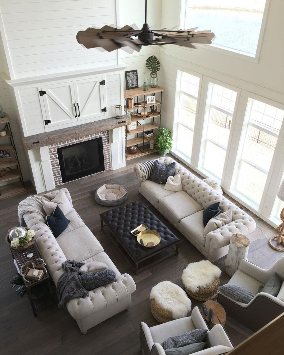 Modern farmhouse living room decorating ideas 49