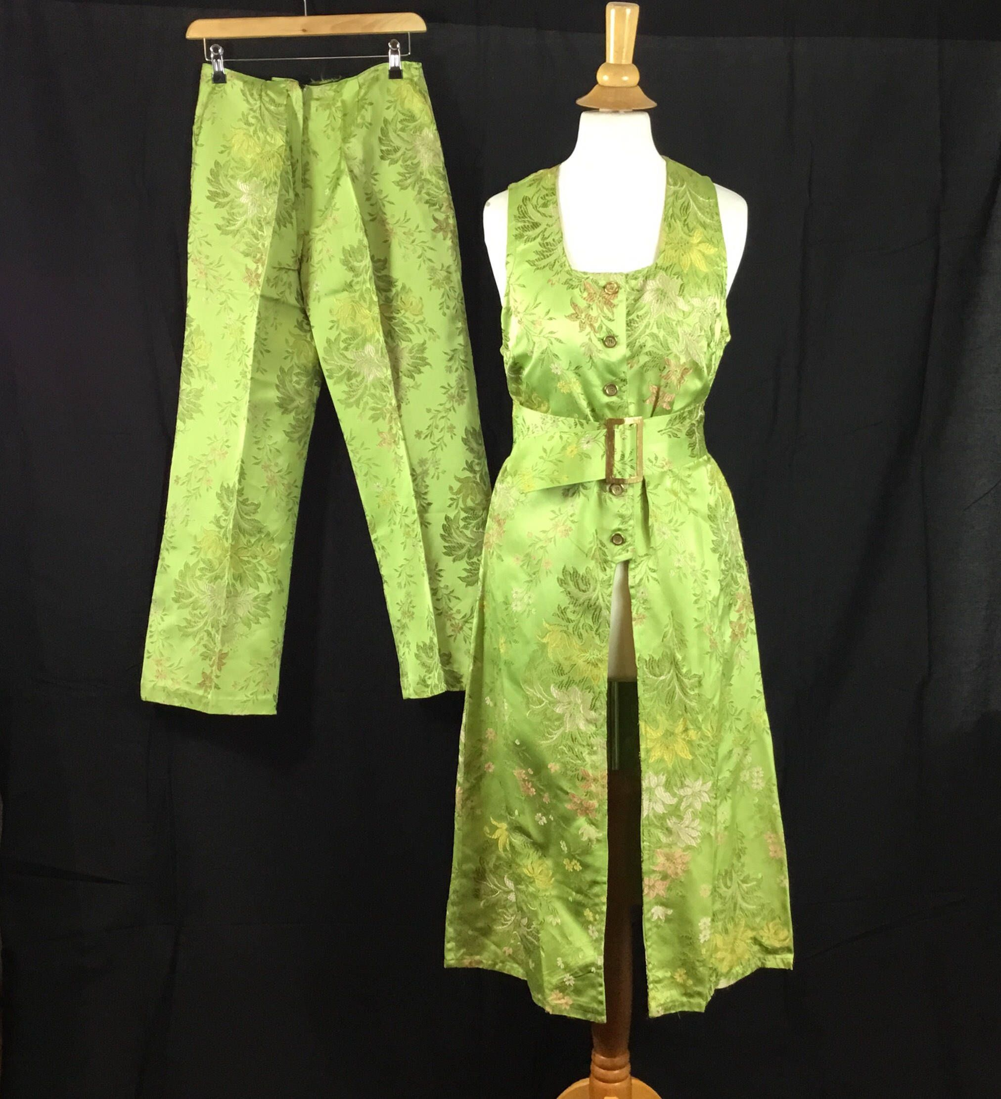 Original 1960s brocade Chinese style 2 piece wide capri pants with ...