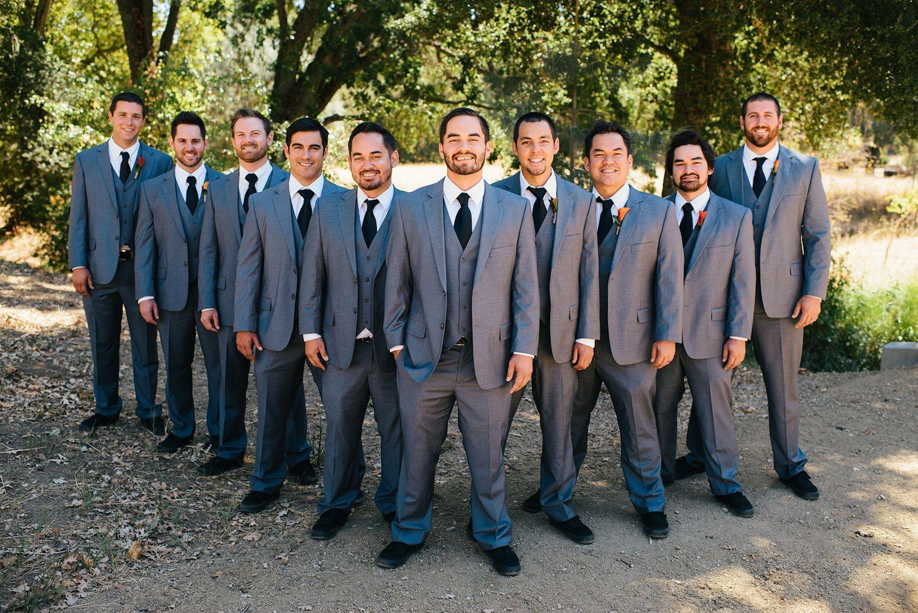 55 fun groomsmen wedding photo poses pinterest groomsmen