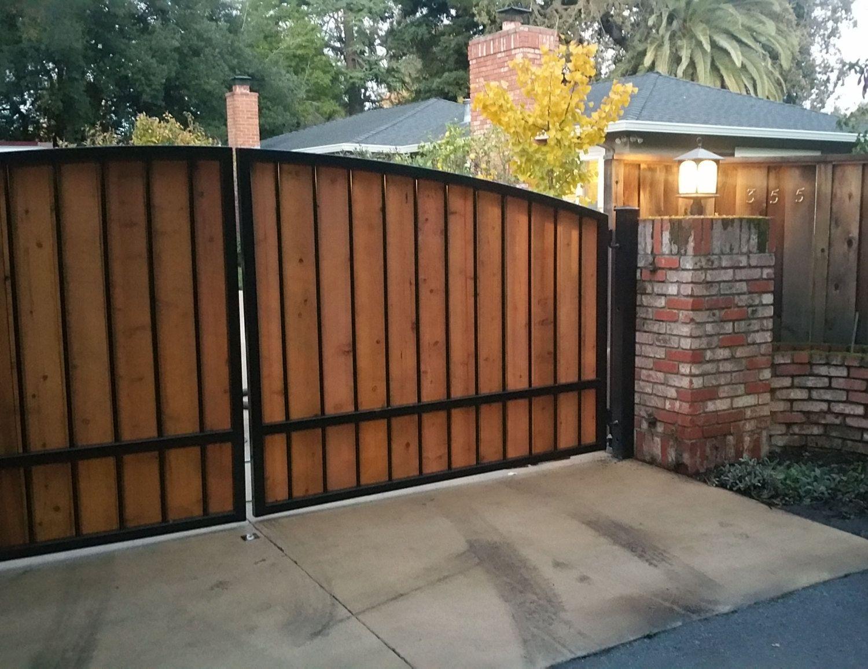 Gorgeous Cedar Wood Farmhouse Design Driveway Gate With Custom