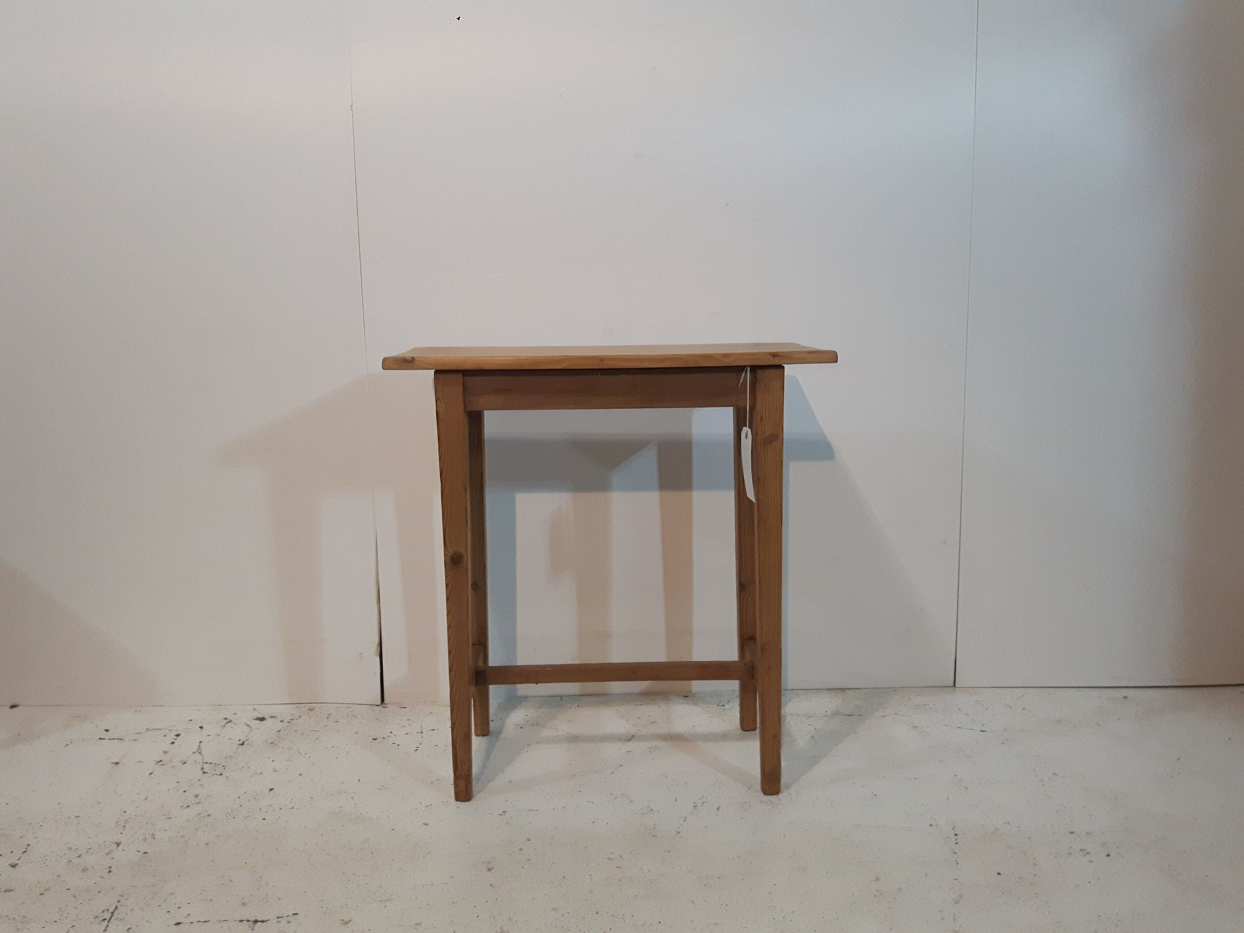 Small Handmade Pine Side Table T4200a