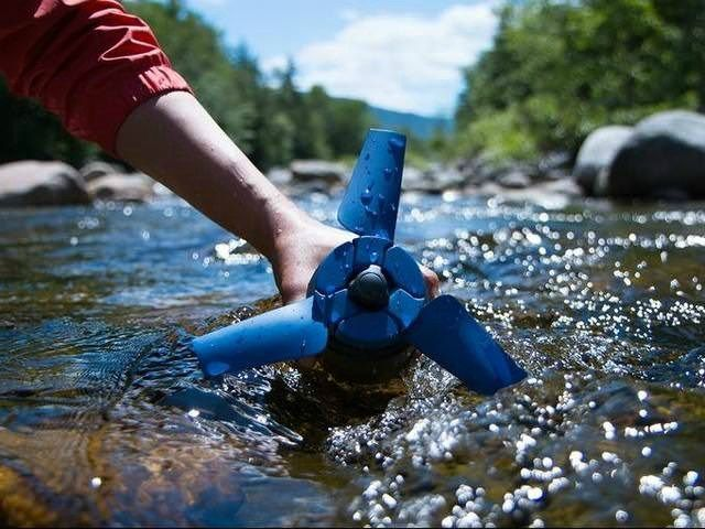 Estream Hydroelectric Generator That Fits In Your Backpack