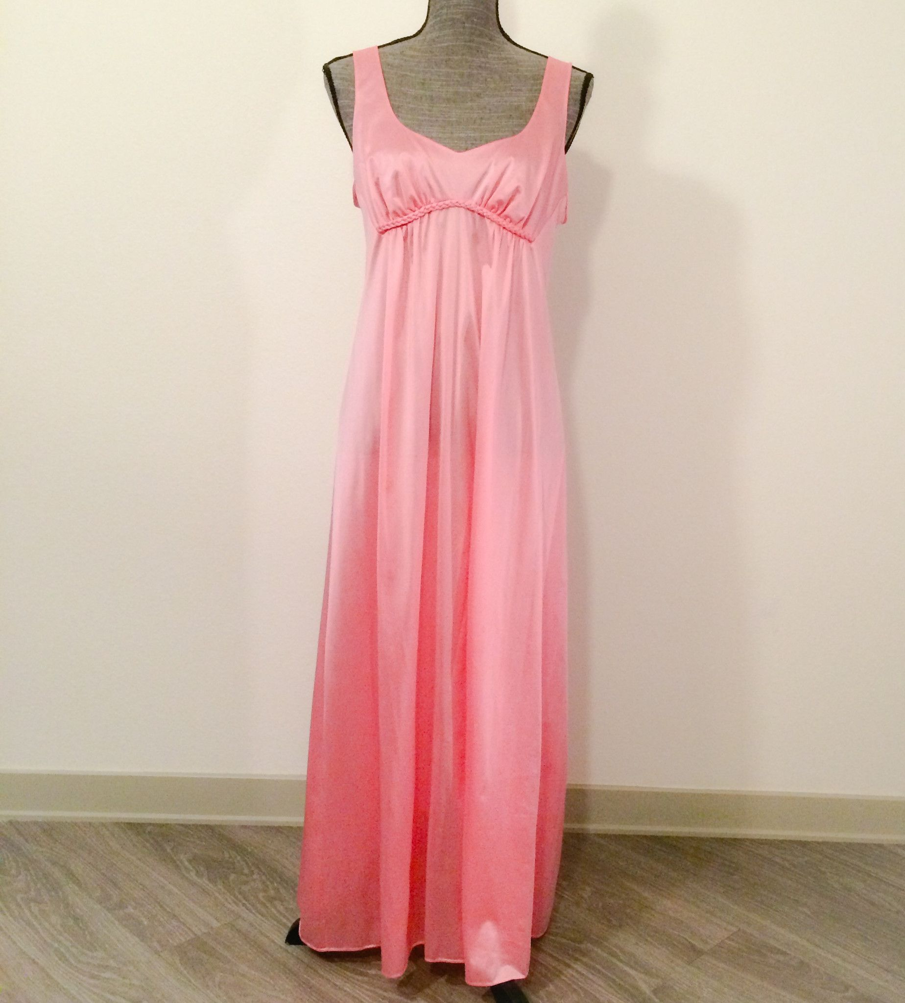 Vanity Fair Vintage Nightgown | clothes i want to wear | Pinterest