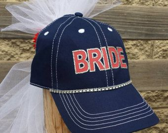 Bride Hat And Veil Can Be Done In Any Color Perfect For Bachelorette Party Or Bridal Shower Boda