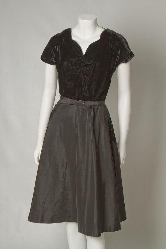 ORIGINAL VINTAGE 1940s 50s Black Velvet and by DarlingsVintageUK