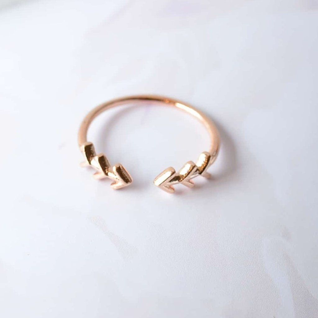 Flèche Boho Rose Gold Ring