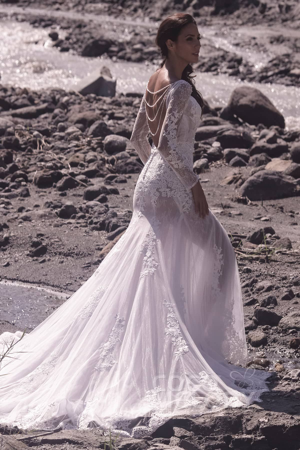 852fb2f5e4a4d Trumpet-Mermaid+Chapel+Train+Tulle+and+Lace+Wedding+Dress+LD5064 ...