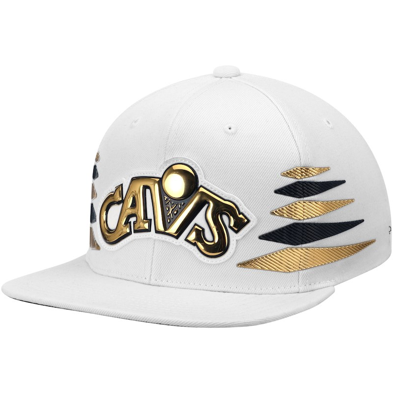 10f823a327fd0 Cleveland Cavaliers Mitchell   Ness Solid Gold Diamond Snapback Adjustable  Hat – White
