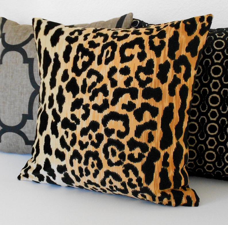 Printed double sided velvet pillowcase