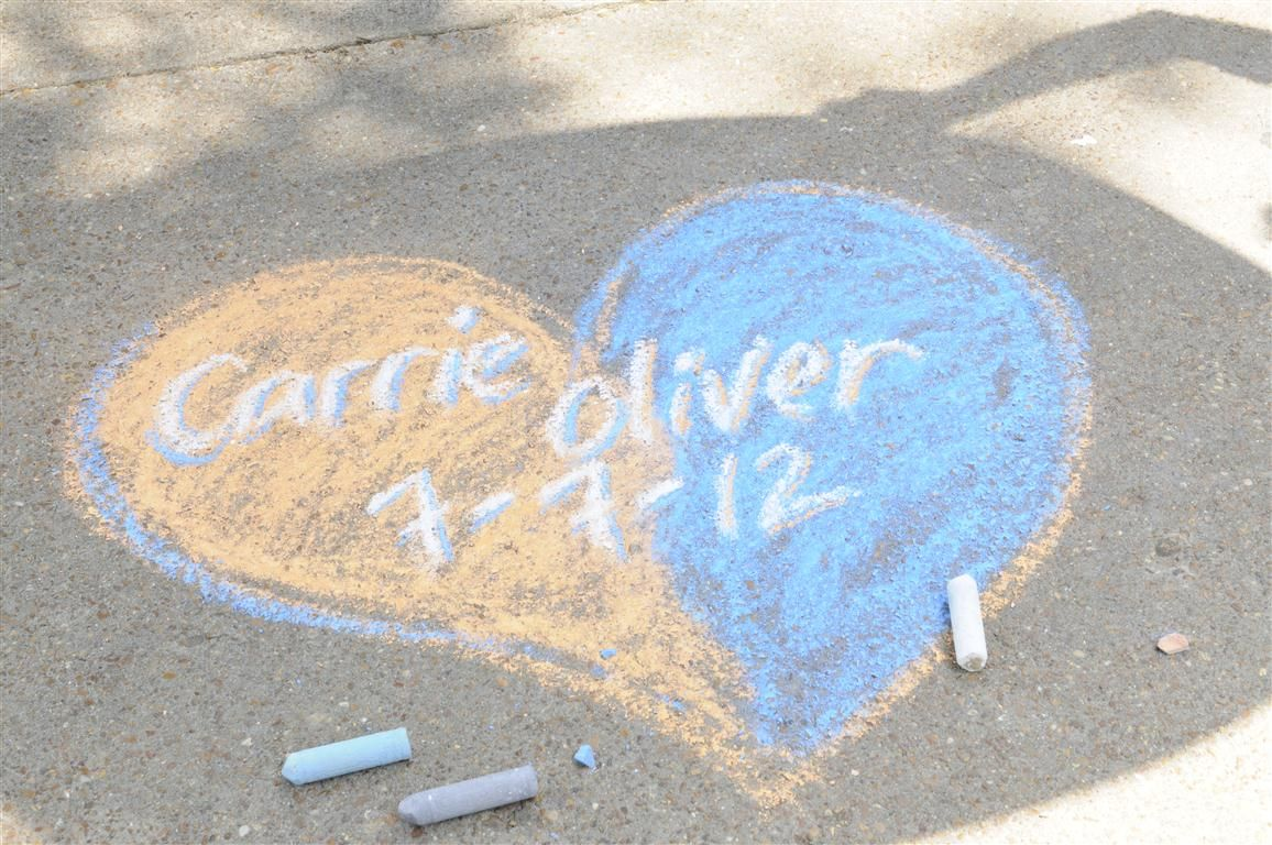 Carrie and Oliver in chalk, a special touch on their wedding day.