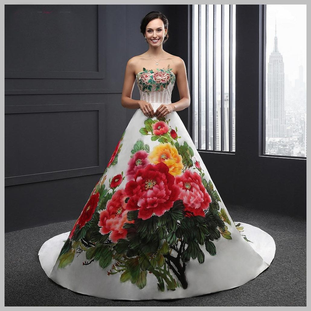 Habéis visto nuestra preciosa colección de vestidos de novia ...