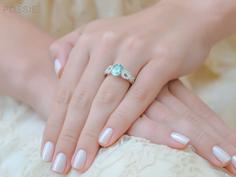 Pedras de anéis de noivados e seus significados   Anéis de Noivado b5ae482e1d