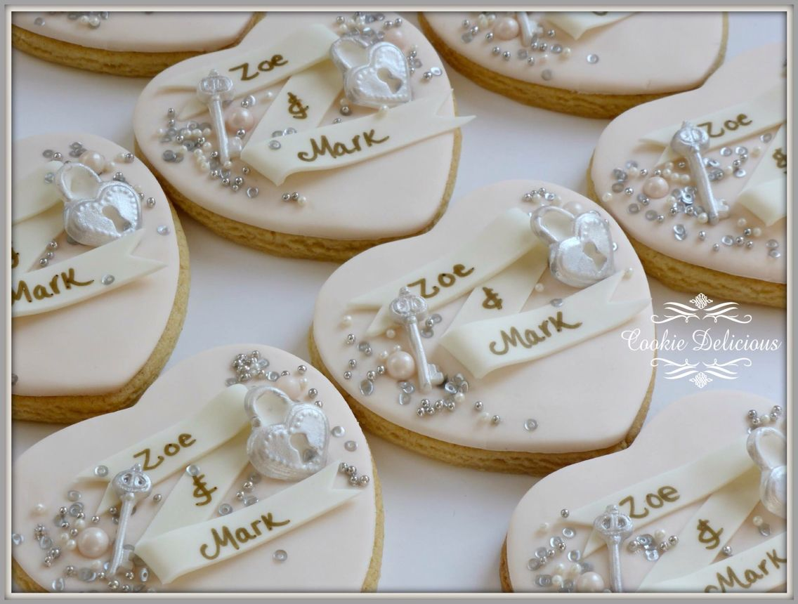 Bespoke blush wedding favours with lock & keys | Our Cookies ...