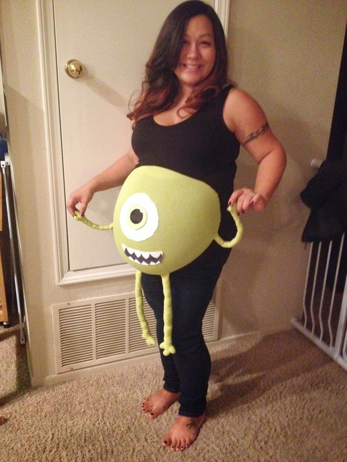 i love halloween! here is our list of 15 awesomely funny maternity
