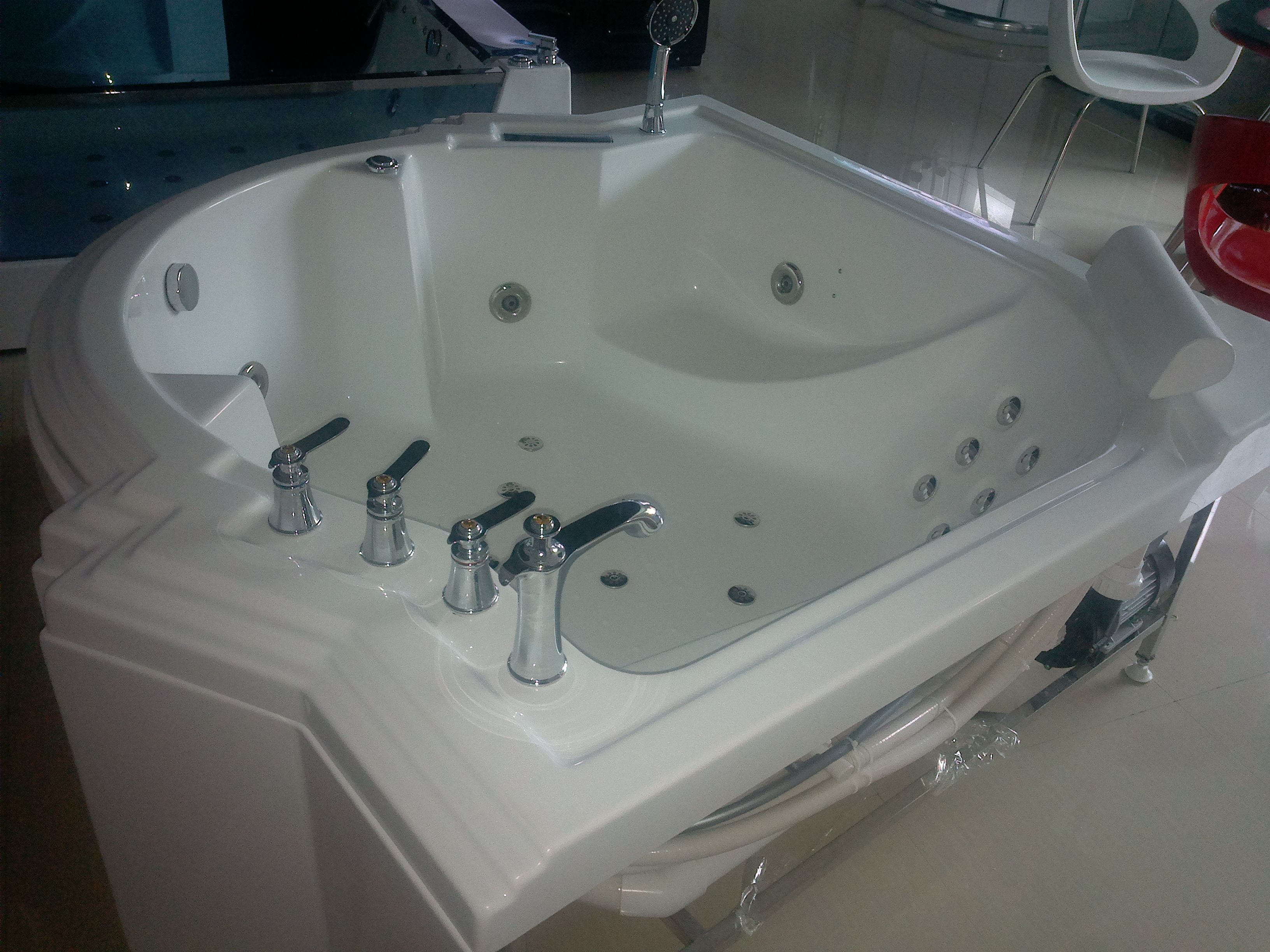 Pin by Foshan Oases Sanitary Ware Co.,Ltd on massage bathtub ...