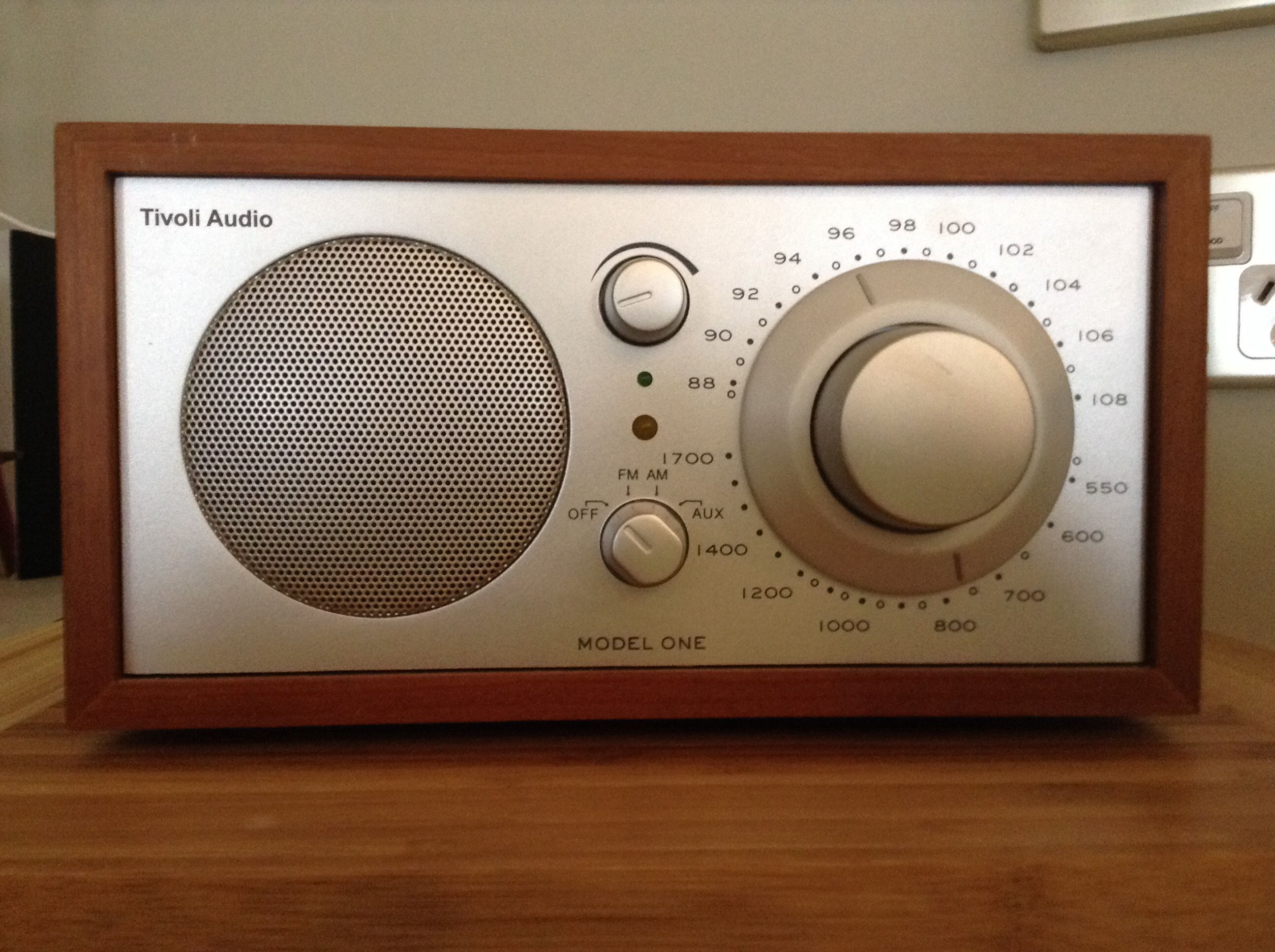 Tivoli Radio Designer Classic Model One Tivoli Audio In 2018 Pinterest Tivoli