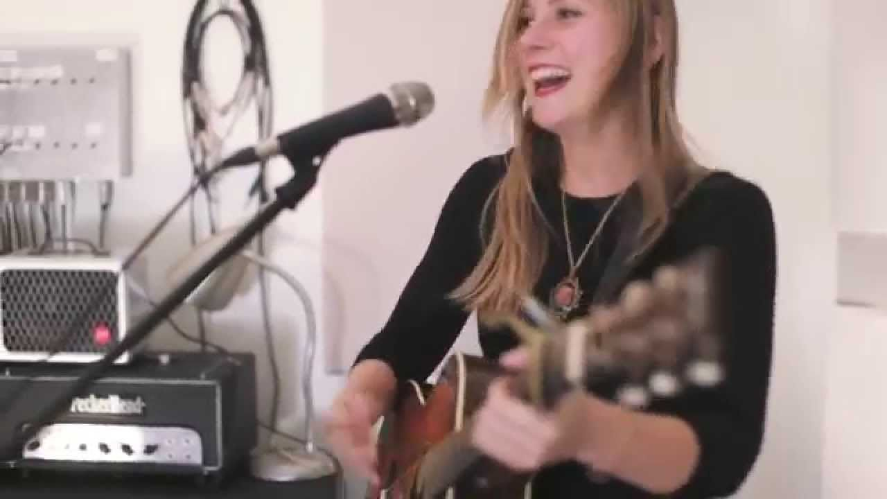 Nora Jane Struthers & The Party Line - The Same Road (Live)