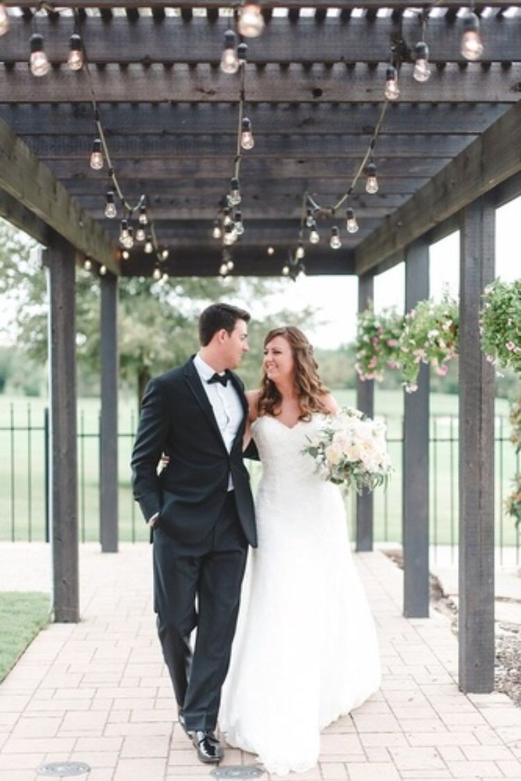 Piazza In The Village Elegant Wedding Venue Located In
