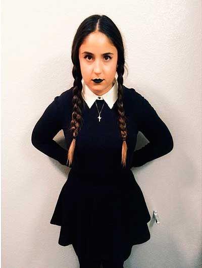 disfraz casero de halloween para mujer miercoles familia adams halloween