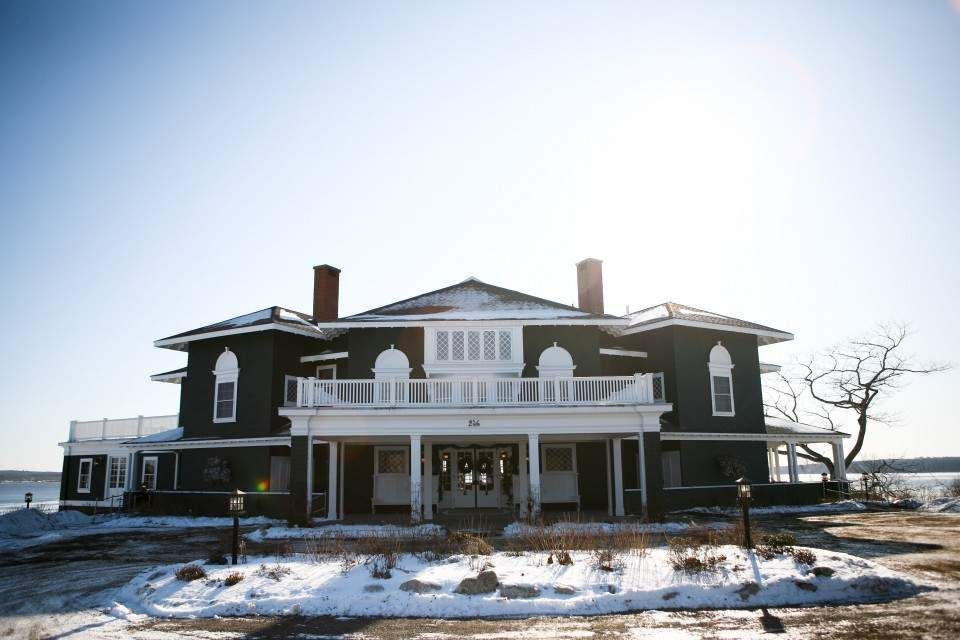 Maine Winter Weddings Are Heating Up   Maine winter ...
