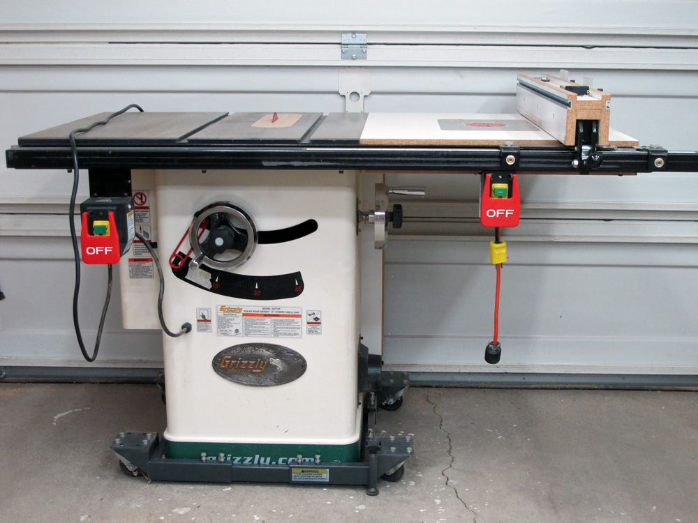 Grizzly 715 Table Saw Modified It To Include A Router Table