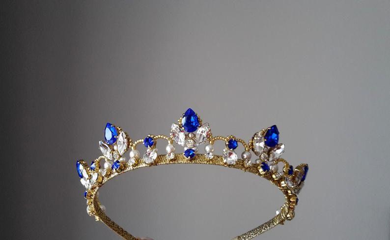 Sapphire tiara Bridal crown blue Wedding pearl tiara Royal blue wedding tiara Gold crown Tiara sapphire blue Bridal headband Something blue
