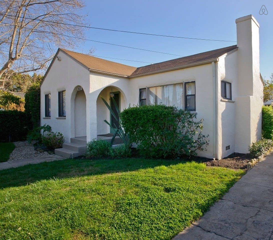 Charming Santa Barbara Cottage - vacation rental in Santa Barbara, California. View more: #SantaBarbaraCaliforniaVacationRentals