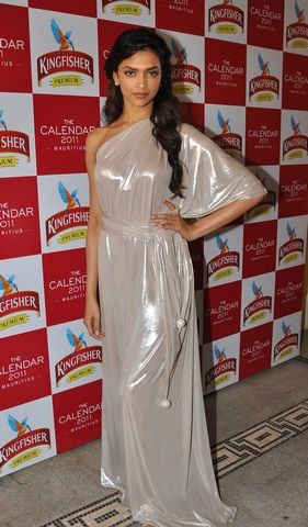 Pagetitle Popular Movies Fashion Deepika Padukone