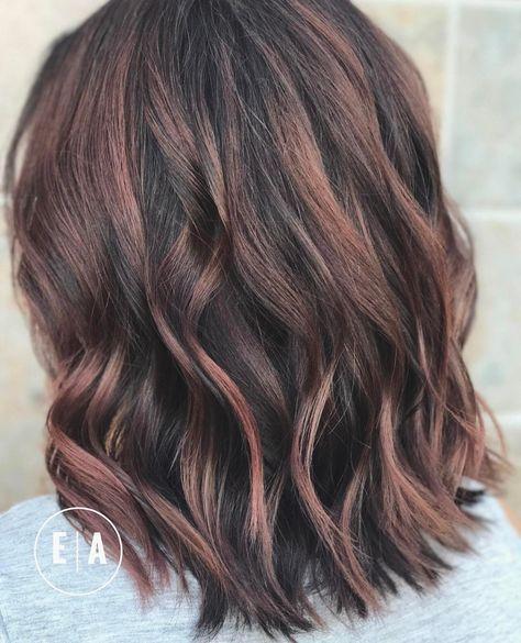 20 Cute Easy Hairstyles For Summer 2021 Hottest Summer Hair Color Ideas Hairstyles Weekly Summer Hair Color Balayage Hair Medium Length Hair Styles