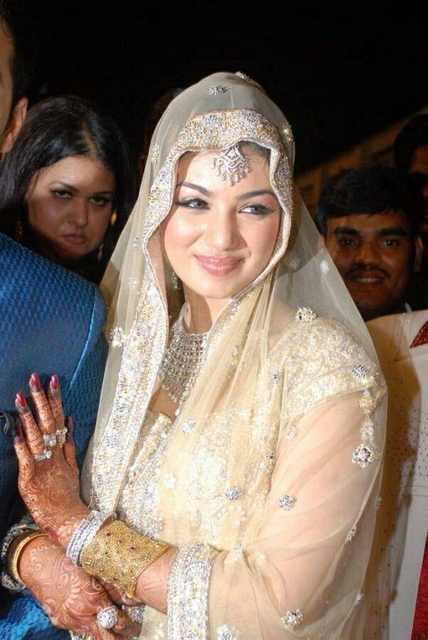 Ayesha Takia Lollywood Bollywood Bridal