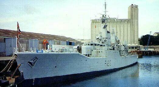 Hms Plymouth F126 Royal Navy Ships Navy Day Royal Navy