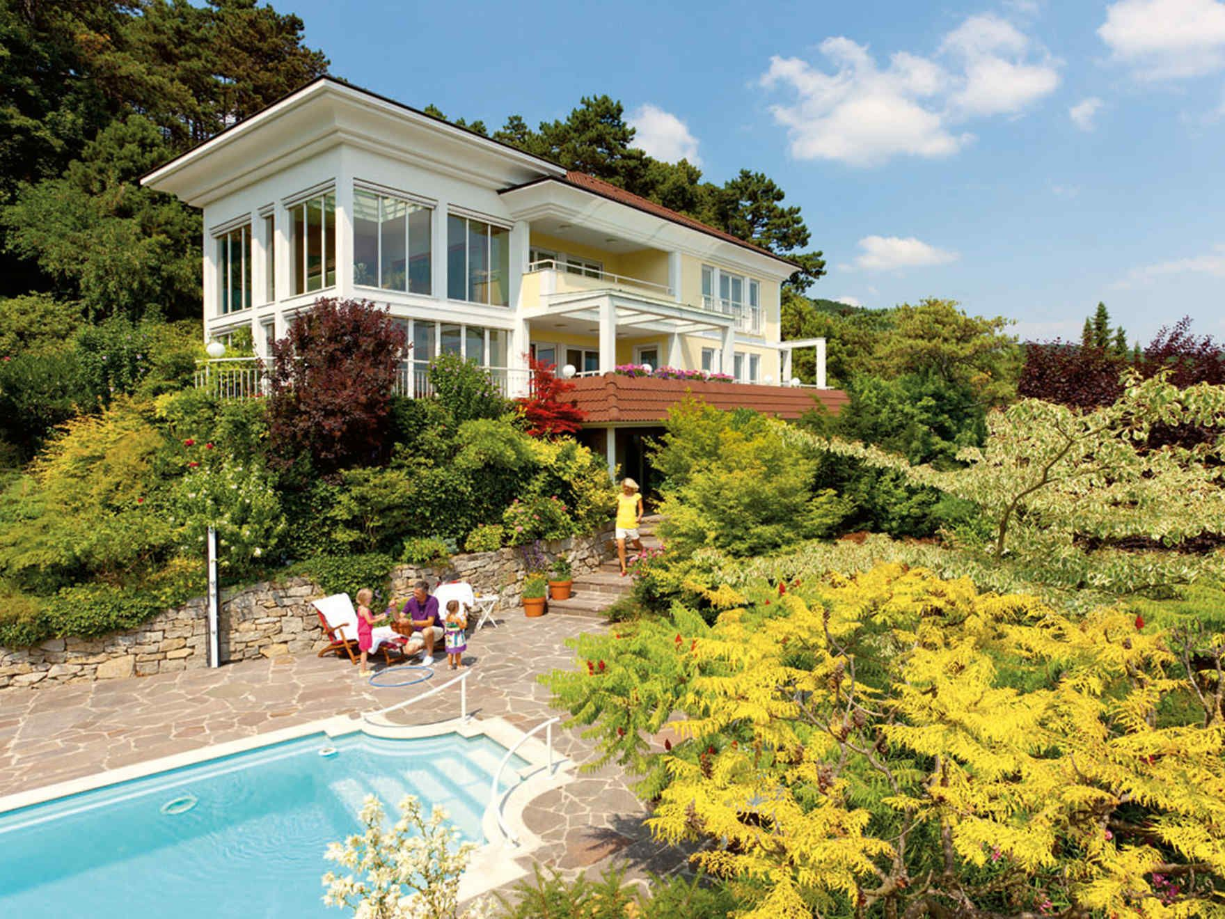 Fertighaus villa grundriss  VARIO-HAUS Architects