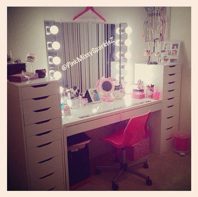 Pin By Kc On Makeup Vanity Beauty Room Vanity Makeup Vanity