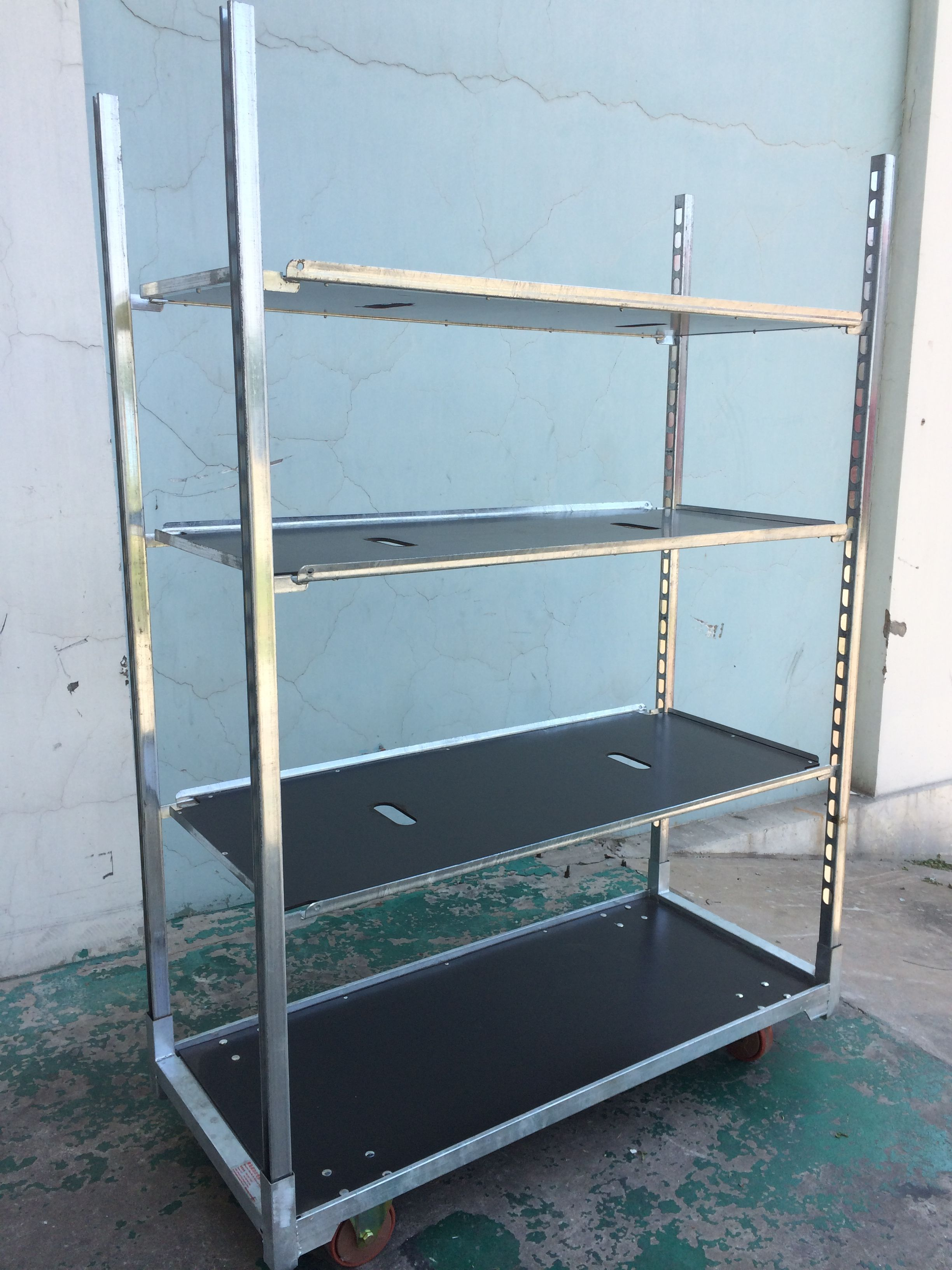 The flower display cart designed by our company is widely used in ...