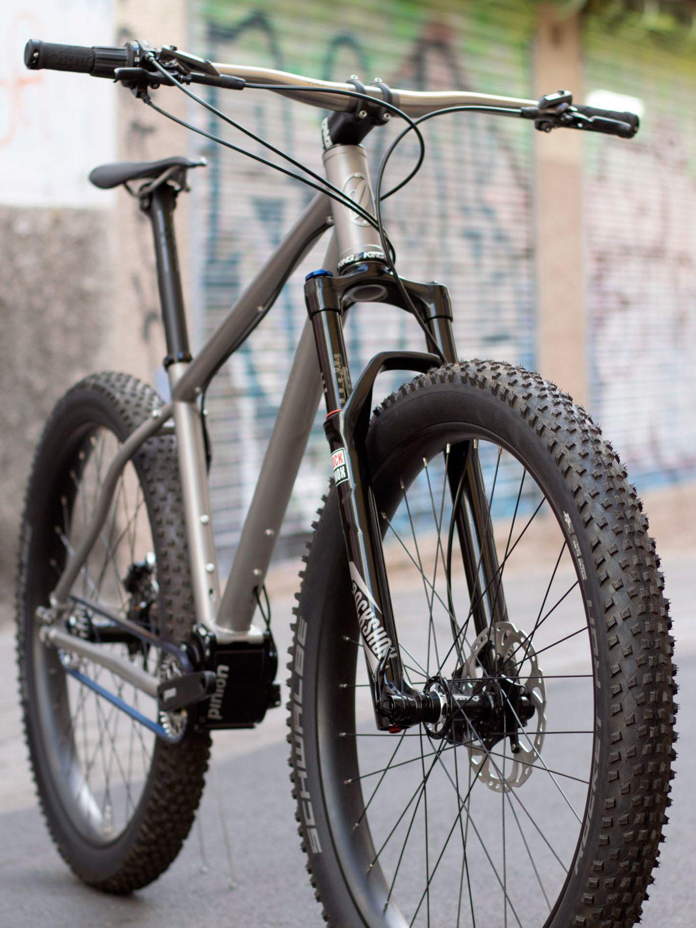 8b959f124 jeronimo-cycles ti-mtb-pinion 275titanium-off-road-adventure-hardtail -mountain-bike 3-4-detail
