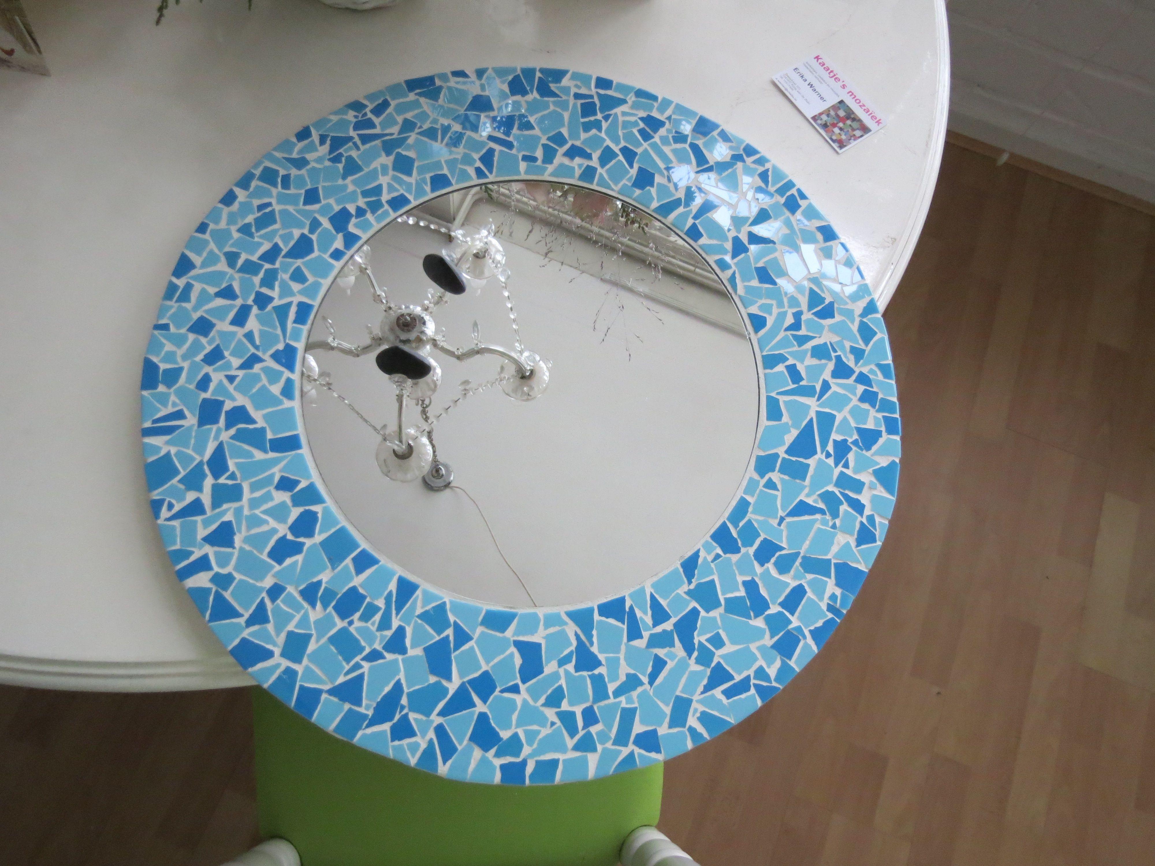 badkamer spiegeltje in turquoise tintjes badkamer moza 239 ek