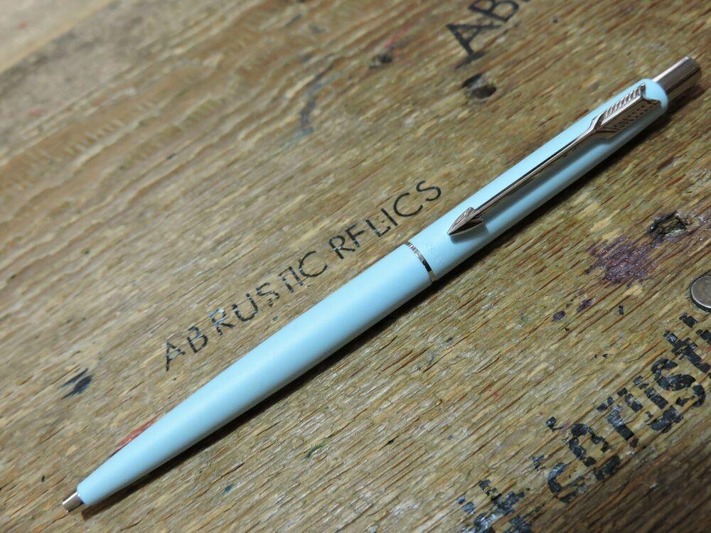 Parker CLASSIC MATT NAVY BLUE Chrome Trim Ball Pen