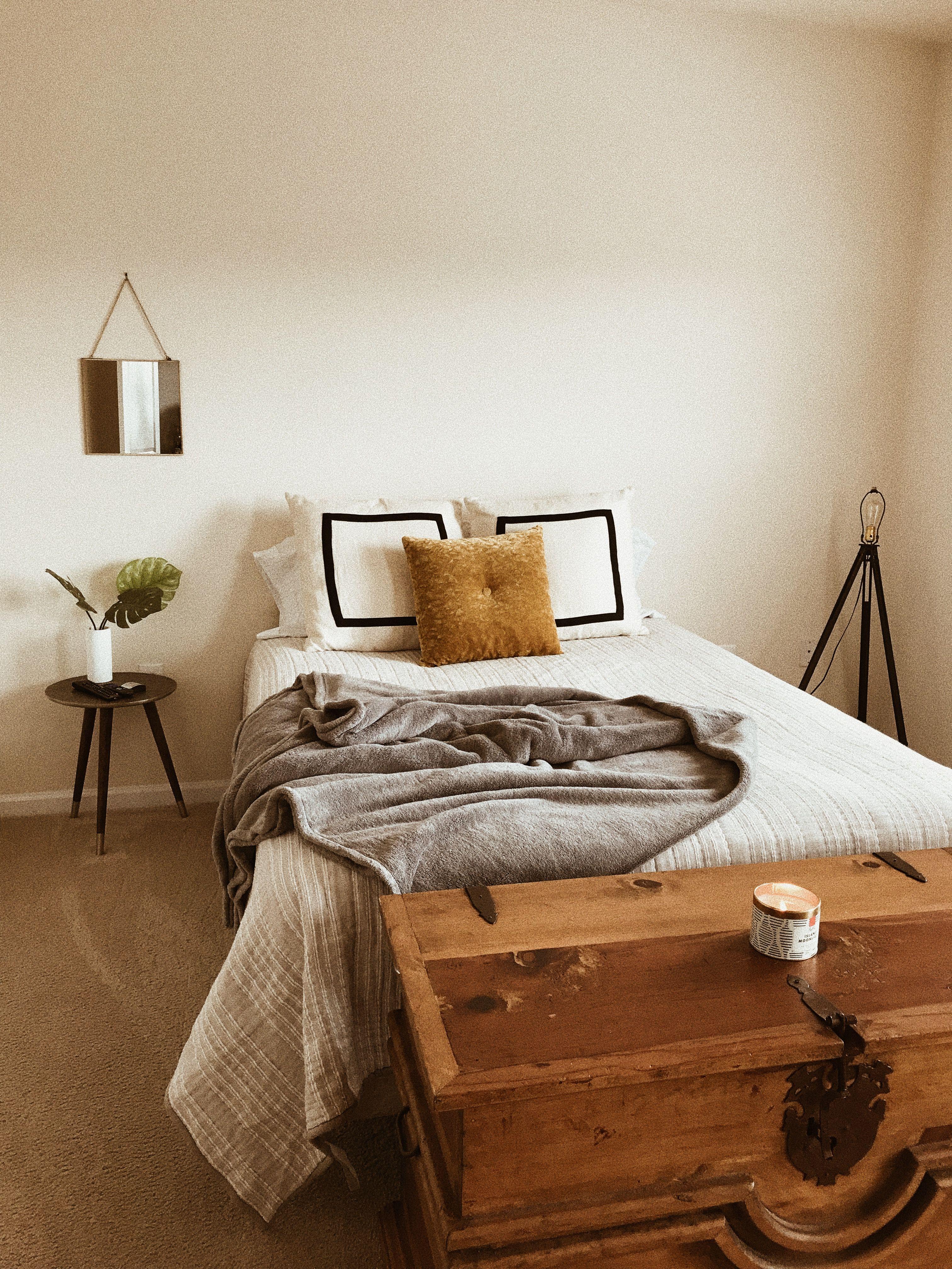Attraktiv Boho/eclectic Minimalist Bedroom