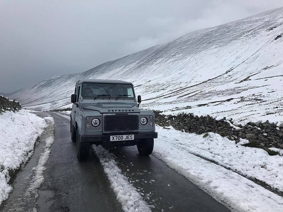 "16 Likes, 1 Comments - @landroverphotoalbum on Instagram: """"Snow hunting"" By @jesssutherland1 #landrover #Defender90 #landroverdefender #landroverphotoalbum…"""